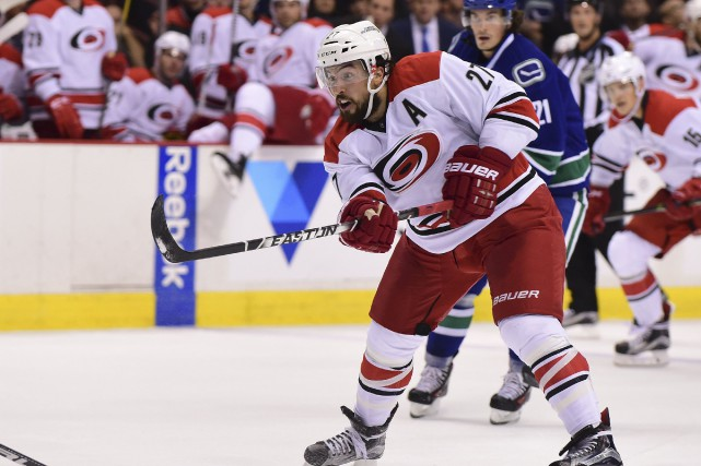 Justin Faulk... (Photo Anne-Marie Sorvin, USA Today Sports)