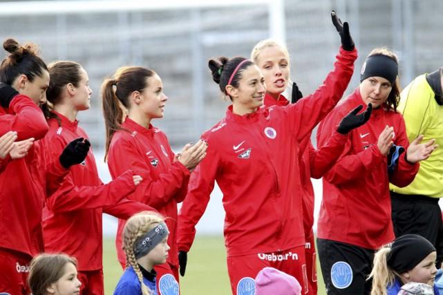 Marie-Ève Nault tire sa révérence après 12 saisons... (Kif Örebro)