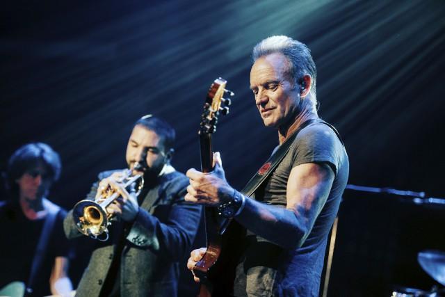 Sting sur scène au Bataclan... (AFP)