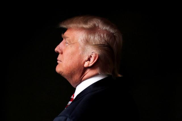 Élu sur un programme populiste de rejet des... (ARCHIVES REUTERS)