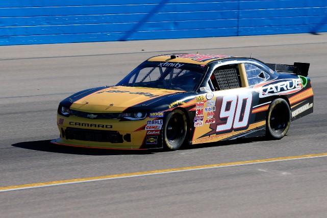 Le Québécois Alex Labbé a sauté dans un... (Chris Trotman/NASCAR via Getty Images)