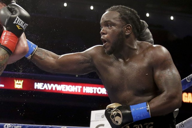 Le boxeur québécois Bermane Stiverne... (Photo Chris Carlson, archives AP)