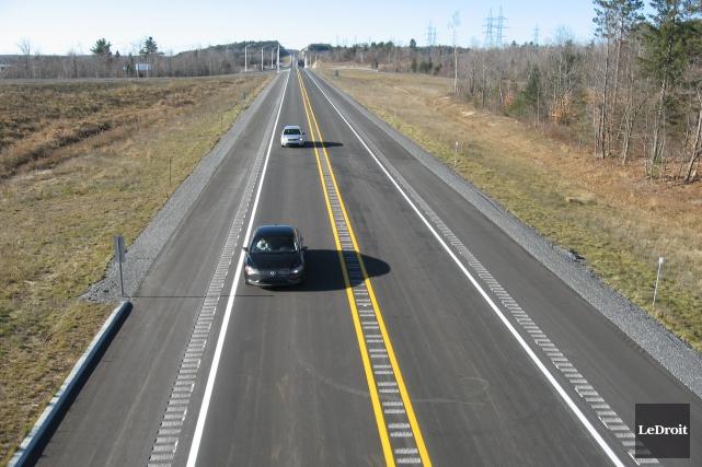 L'élargissement de l'autoroute 50 sera dorénavant inscrit au... (Archives, Le Droit)