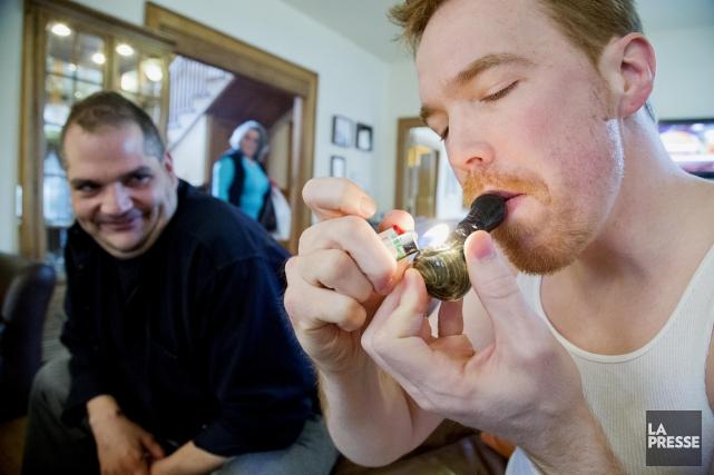 La consommation de cannabis chez les personnes de... (Archives La Presse)
