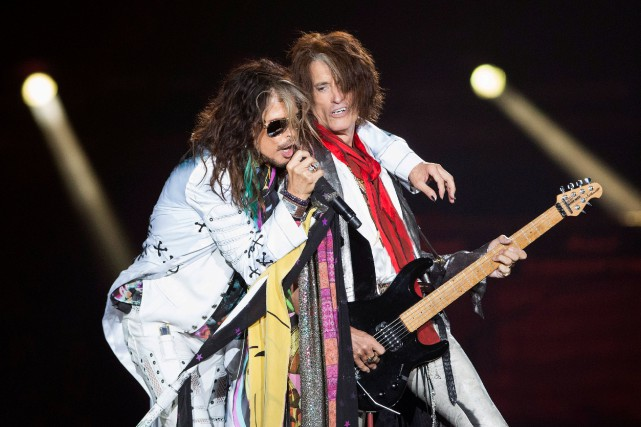 Steven Tyler et Joe Perry en concert en... (Photo Reuters)