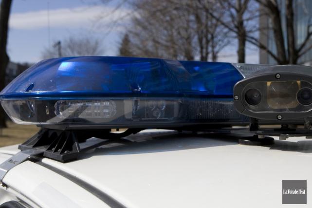 Deux conducteurs ont été blessés dans une collision... (archives La Voix de l'Est)