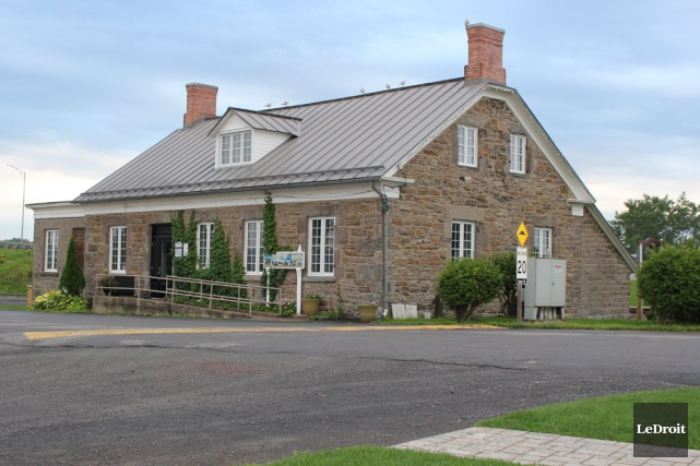 La requête de la Ville de Hawkesbury pour évincer le centre culturel le Chenail... (Martin Brunette, Archives Le Droit)