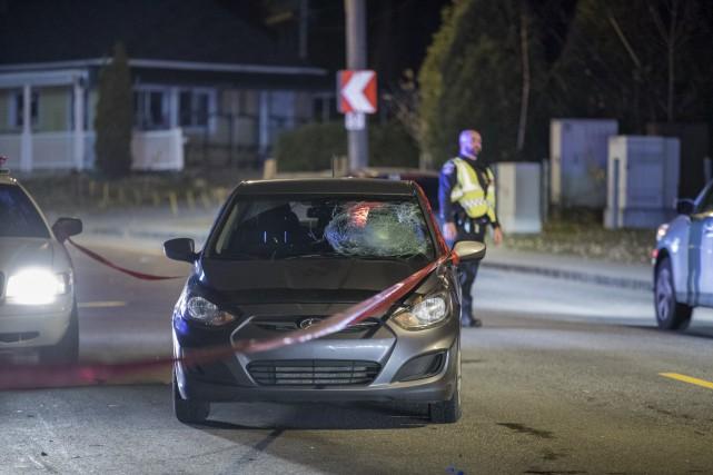 Une piétonne a été heurtée par une voiture... (Collaboration spéciale Steve Jolicoeur)