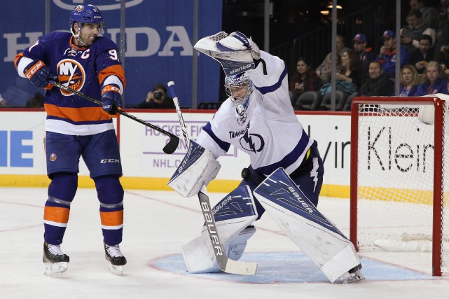 Le gardien du Lightning Andrei Vasilevskiy effectue un... (Photo Vincent Carchietta, USA Today Sports)