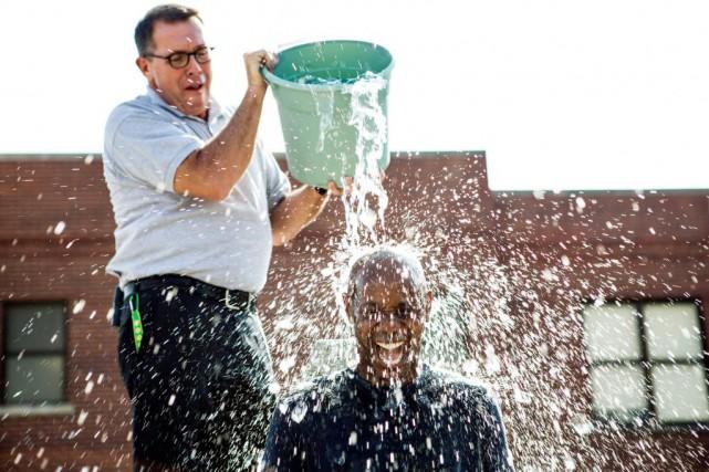 Ice Bucket Challenge... (Photo archives Associated Press)