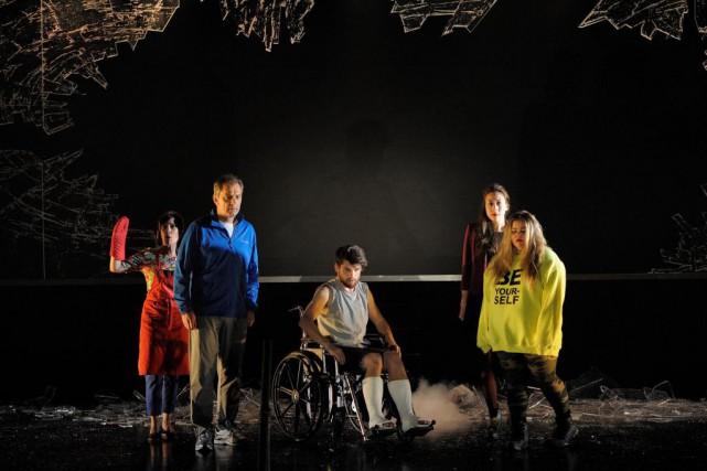 Sylvie Léonard, Henri Chassé, Alex Bergeron, Cynthia Wu-Maheux... (photo Valérie Remise, fournie par la production)