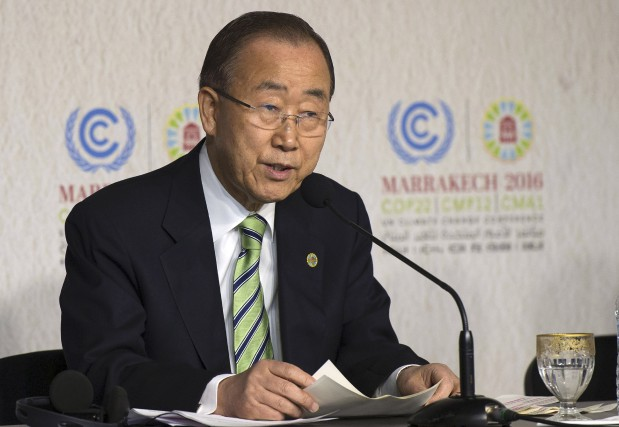 Le chef de l'ONU Ban Ki-moon, qui assistait à... (AFP, Fadel Senna)