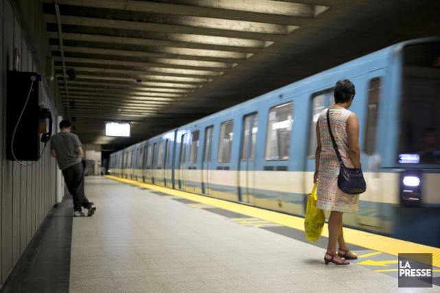 Le service de toutes les lignes du métro de Montréal a été interrompu pendant... (PHOTO FRANÇOIS ROY, ARCHIVES LA PRESSE)