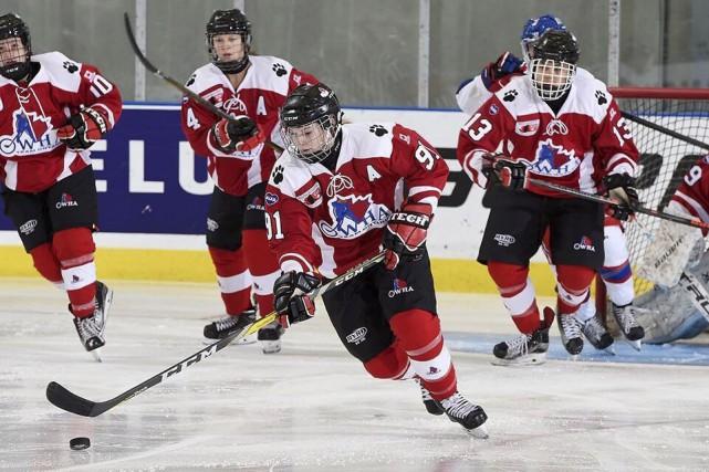 Coralie Larose est fière de ce qu'elle a... (Courtoisie, Hockey Canada Images)