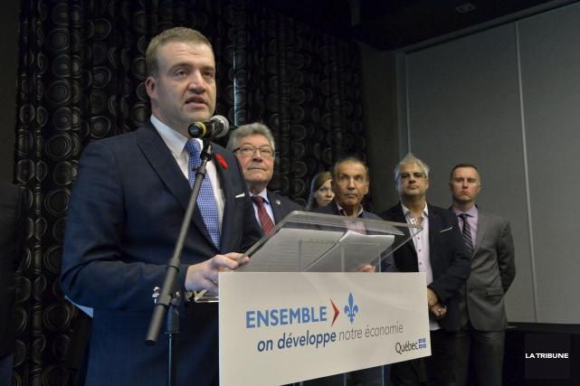Le député Luc Fortin a présenté son équipe... (Archives, La Tribune)