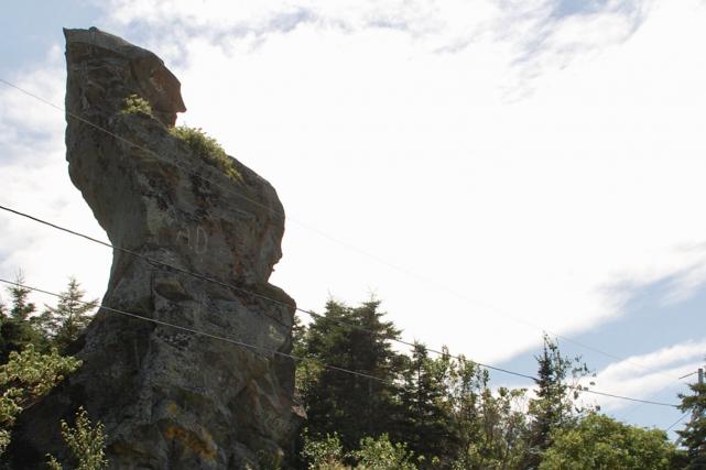 Le légendaire rocher, qui rappellerait la silhouette d'un... (Collaboration spéciale Johanne Fournier)