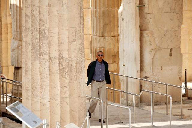 Barack Obama avisité l'Acropole mercredi à Athènes.... (PHOTO KEVIN LAMARQUE, REUTERS)