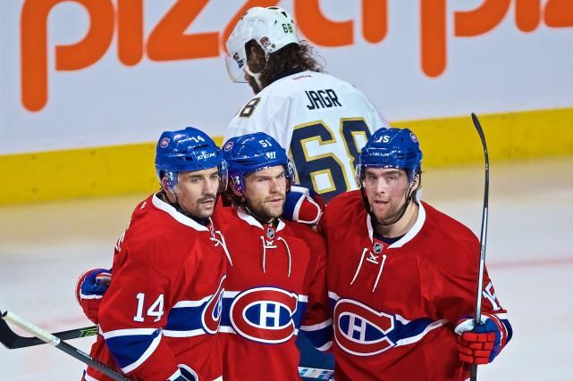 David Desharnais (au centre)a récolté deux points dans... (La Presse Andre Pichette)