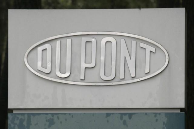 Le géant américain industriel DuPont a affiché mardi un bénéfice de 1,11... (Photo archives Associated Press)