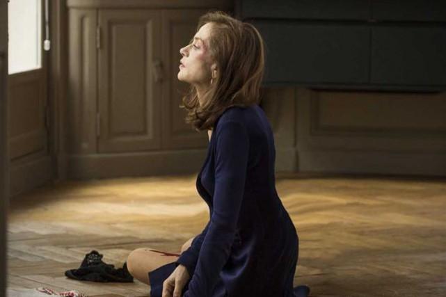 La sulfureuse performance d'Isabelle Huppertest un véritable tour... (Fournie par Métropole Films)