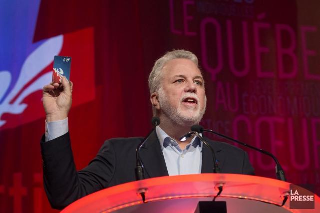 Le premier ministre du Québec, Philippe Couillard... (Robert Skinner, archives La Presse)