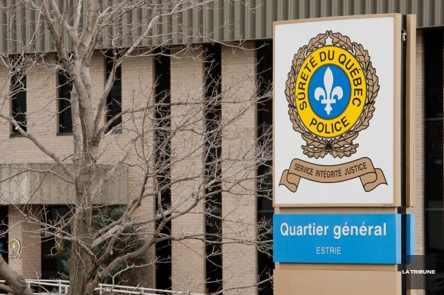 Les policiers qui ont travaillé à l'enquête pour faire arrêter puis condamner... (Archives La Tribune, Jessica Garneau)
