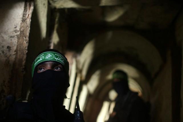 Des combattants palestiniens des brigades Ezzedine al-Qassam, la... (PHOTO MOHAMMED SALEM, ARCHIVES REUTERS)