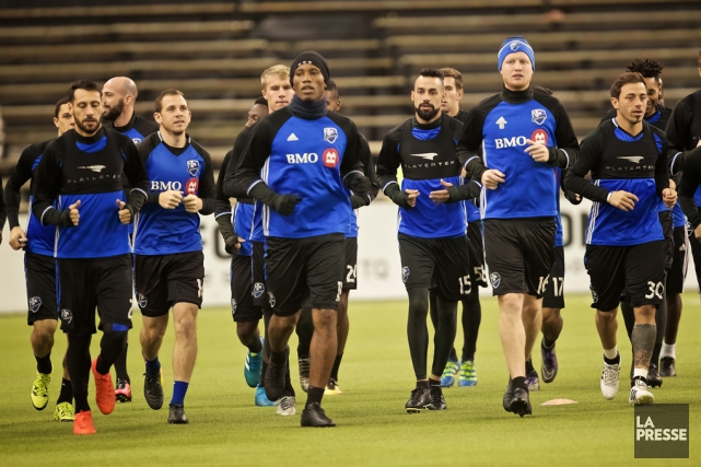 Didier Drogba s'est entraîné pour une deuxième journée... (André Pichette, La Presse)