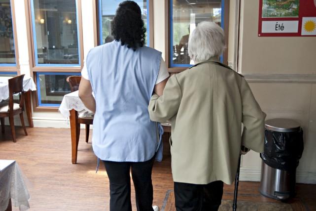 S'occuper des personnes âgées est bien plus qu'un... (La Presse)