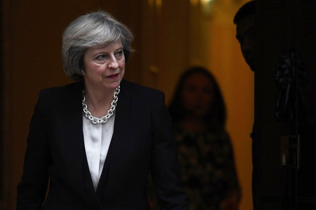 Le projet de loi lancé par Theresa May... (Photo Reuters)