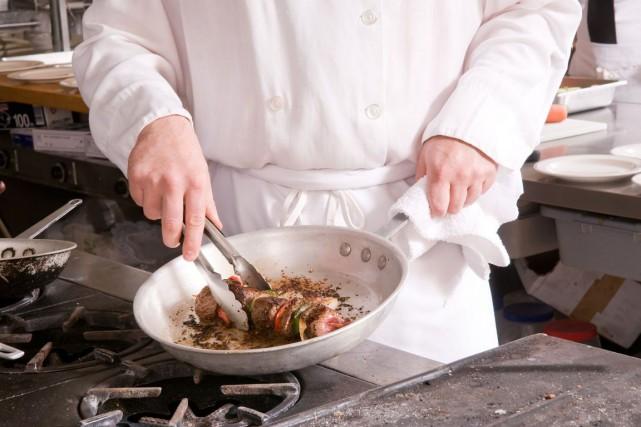 Les jeunes cuisiniers qui ont un peu d'ambition ont un concours juste pour eux... (Photos.com)