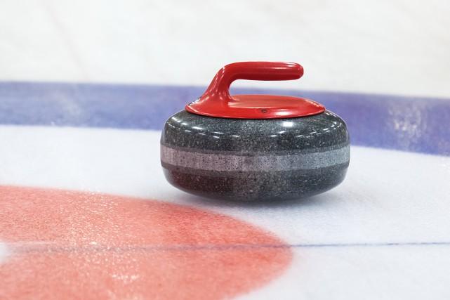 Le Club de curling de Chicoutimi est l'hôte du tournoi régional des retraités... (123RF)