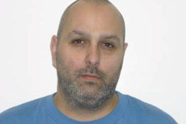Éric Roch, cet individu responsable d'une série de crimes avec violence dont...