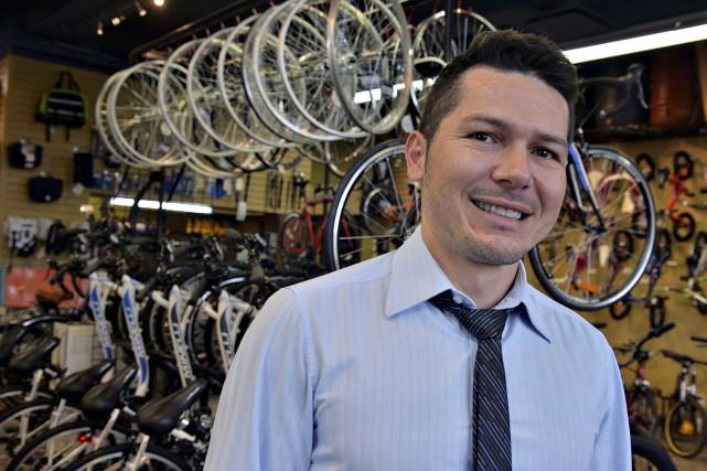 Luis Antonio Villamizar, du Vélo vert. L'entreprise d'économie... (Le Soleil, Patrice Laroche)
