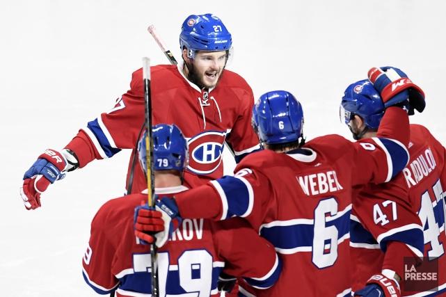 Les Maple Leafs de Toronto devront attendre un peu plus longtemps avant de... (PHOTO BERNARD BRAULT, LA PRESSE)