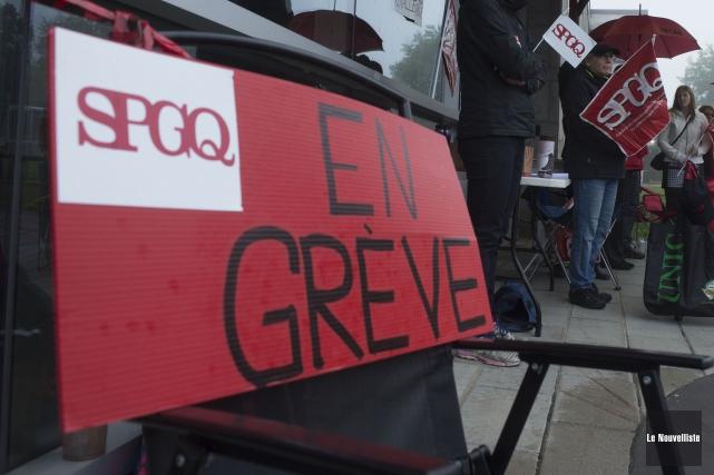 Le SPGQ estime que le gouvernement doit réinvestir... (Archives Le Nouvelliste, Stéphane Lessard)