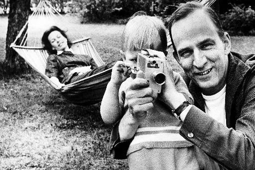 Ingmar Bergman avec sa famille.... (Photo archives AFP)