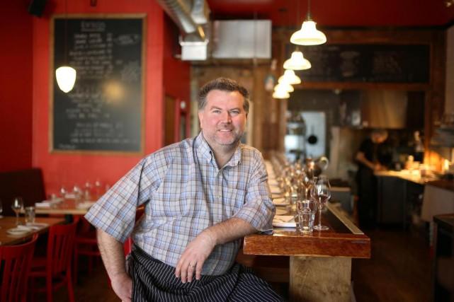 David Ferguson, propriétaire du restaurant Gus, est derrière... (Photo Martin Chamberland, La Presse)