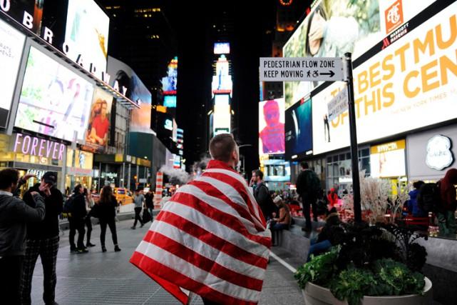 Un New-Yorkais a été arrêté, lundi, et fait face à des chefs d'accusation de... (ARCHIVES REUTERS)