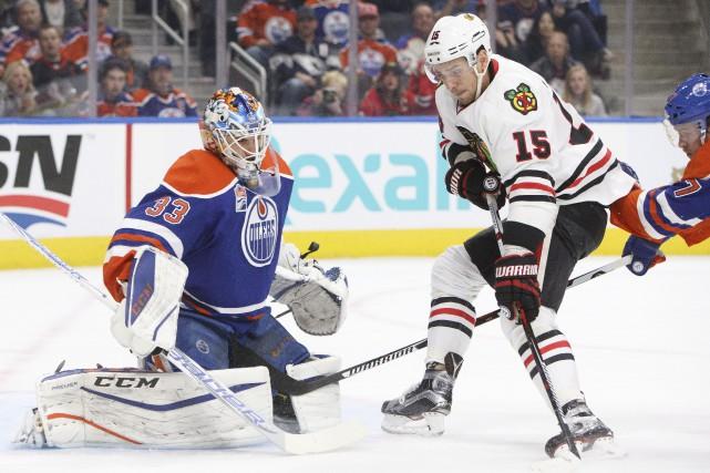 Le gardien des Oilers Cam Talbot a repoussé... (Photo Jason Franson, PC)