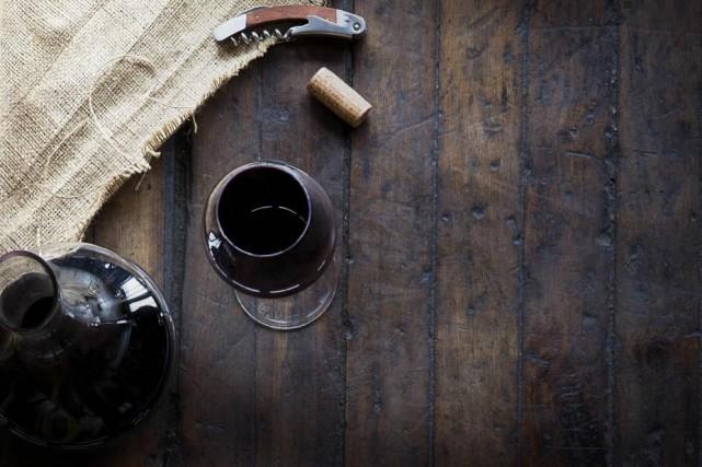 En ouvrant les bouteilles de vin à l'avance... (Photo Thinkstock)