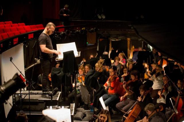 Yannick Nézet-Séguin en répétition avec l'Orchestre Métropolitain... (PHOTO OLIVIER PONTBRIAND, LA PRESSE)