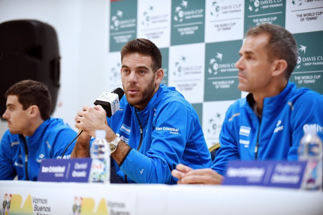 Juan Martin Del Potro (au centre) sera le... (Photo AFP)