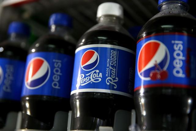 Les ventes de sodas traditionnels comme Pepsi-Cola, Coca-Cola... (PHOTO AFP)