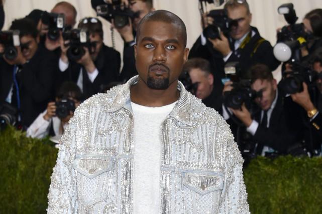 Kanye West... (AP)