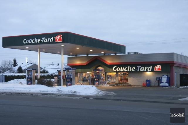 Couche-Tard ne compte pas abandonner les combustibles fossiles,... (Photothèque Le Soleil)