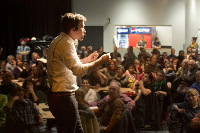 Dans le cadre d'une tournée de consultations publiques,... (Sylvain Mayer, Le Nouvelliste)