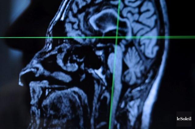 Le laboratoire américain Eli Lilly a annoncé mercredi que les essais en phase... (Photo archives Le Soleil)