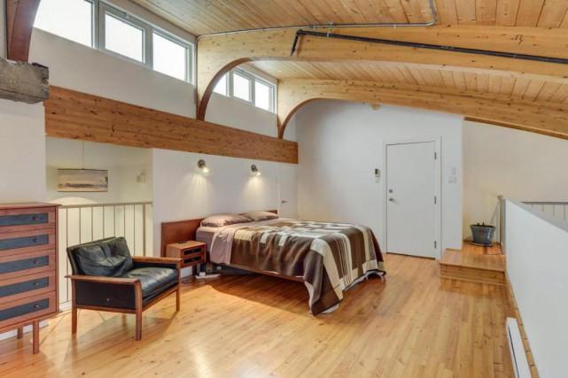 L'appartement construit en 1987 compte deux chambres, deux... (PHOTO FOURNIE PAR CENTRIS)
