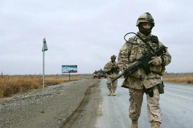 Les Forces armées canadiennes tentent depuis quelques années... (Allauddin Khan, archives AP)